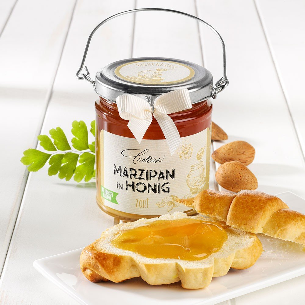 Marzipan in Honig