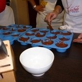 3170_schoko-muffins_in_orangentee