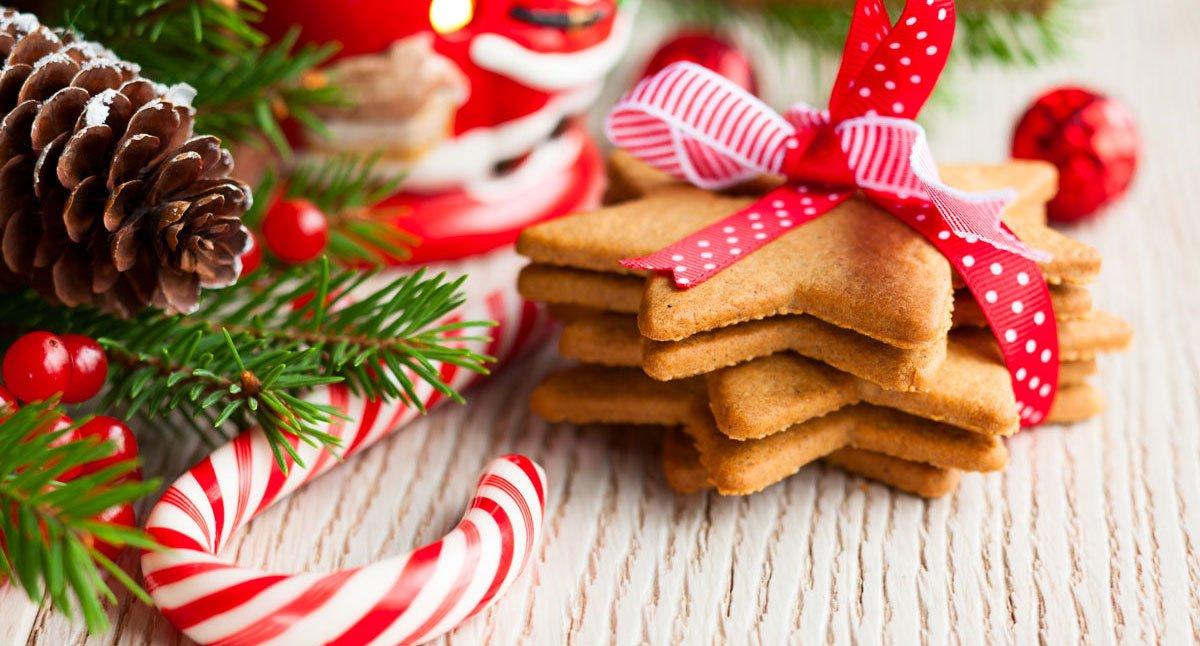 Weihnachtsgeb-ck-mit-Deko_small