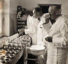 Historisch-Tee-Hersteller_Schrader_thumb