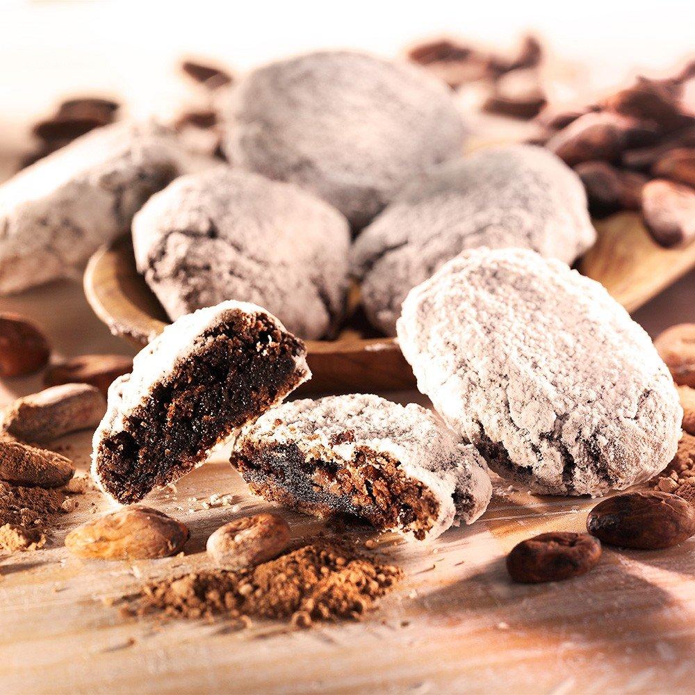 Ricciarelli mit Mandeln und Kakao